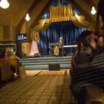 Decoración de la Iglesia y predicador invitado